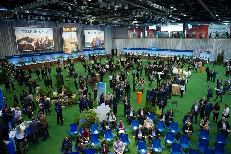Salesforce-London-World-Tour-Meeting-Assistant-4
